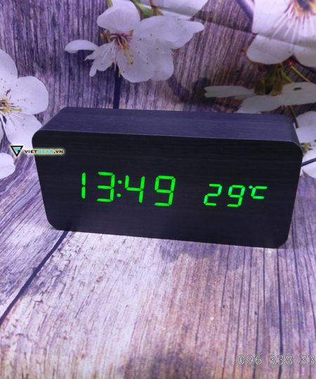 Đồng hồ gỗ led V1, vỏ đen chữ xanh lá cây